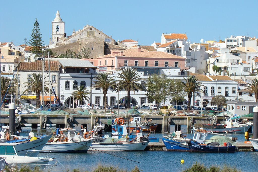 Lagos portugal one of the top honeymoon destinations guruescape travel site - Tourist office lagos portugal ...